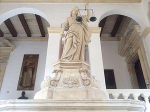 Justice - Image: Statue of Justice Castellania, Malta