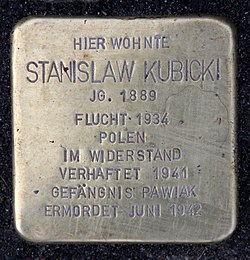 Photo of Stanislaw Kubicki brass plaque