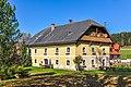 Straßburg Sankt Peter ob Gurk 2 Bauernhaus Familie Lassernig S-Ansicht 25102012 1880.jpg