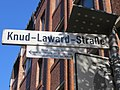 Straßenschild Knud-Laward-Straße, Kreuzung Nikolaistraße, Flensburg 2013.JPG