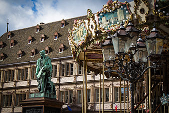 Px Strasbourg Place Gutenberg Avril