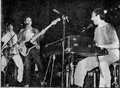Suéter en vivo (1983).png