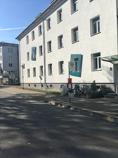 Tübingen-Wankheimer-Täle-Bushaltestelle-2.jpg