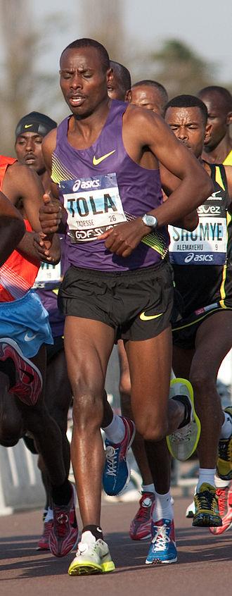 Tadese Tola - Image: Tadese TOLA Marathon Paris 2010 33187