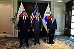 Takeshi Iwaya, James Mattis and Jeong Kyeong-doo 181019-D-BN624-091 (31543140888).jpg