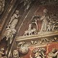 Teilansicht des Relief am Westportal des Ulmer Münster.jpg