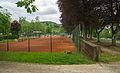 Tennisfeld und Allee im Park Echternach 01.jpg