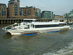 Thames Clipper 9 9 07.JPG