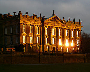 English: The West Front of Chatsworth House at...