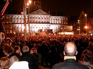 Theo van Gogh (film director) - Demonstration at the Dam square after Van Gogh was killed.