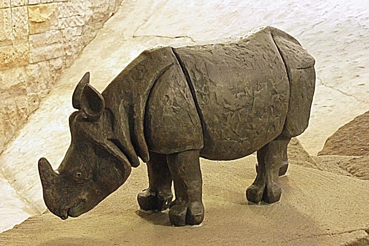 Tierpark Berlin-Frf 170-275. ( Bronze Statue)