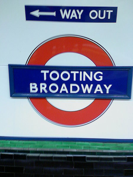 dating tooting broadway horny