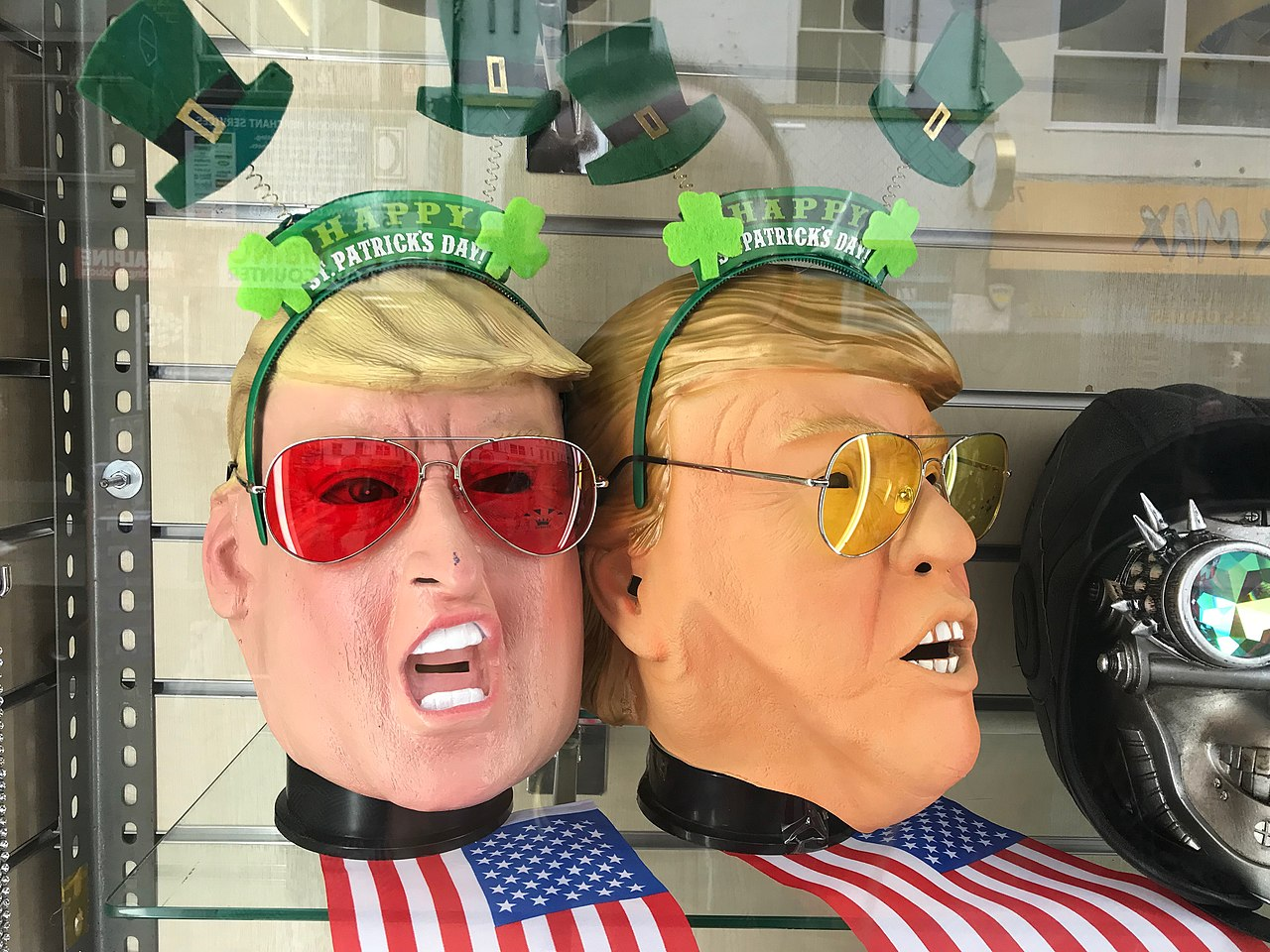 Two-faced Donald Trump (40763032091).jpg