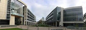 UC San Diego School of Medicine - Image: UCSD SOM Academic Mall