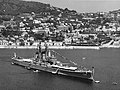 USS Des Moines (CA-134) at anchor off Villefranche, in July 1959.jpg