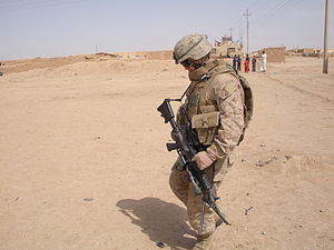 English: US MARINE IN NORTHERN IRAQ during the...