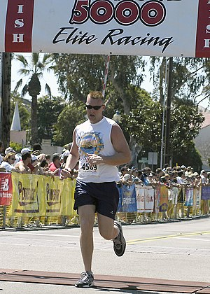 Carlsbad 5000 - A fun runner completing the race in 2004