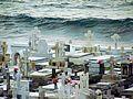 Un cementerio mecido por las olas del mar - San Juan, Puerto Rico - panoramio.jpg