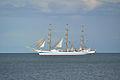 Under sail (4901949237).jpg
