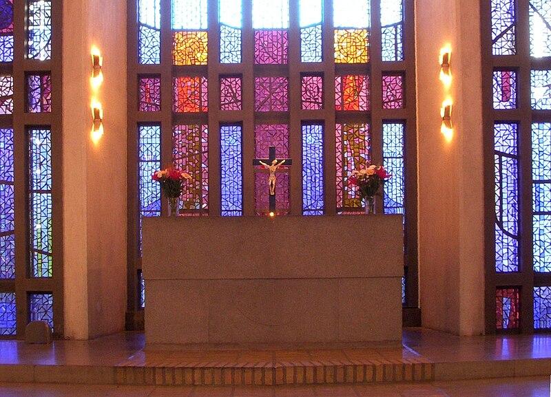 Uppenbarelsekyrkan, Saltsjöbaden, Hägersten 2010f.jpg