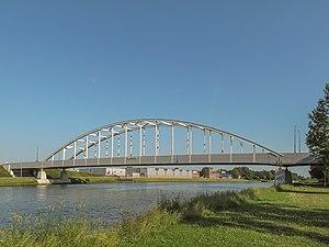 Amsterdam–Rhine Canal - Image: Utrecht, de Meernbrug foto 1 2013 07 07 08.50