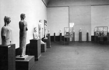 Utställning på Liljevalchs Konsthall 1933. Mersinaki rummet. Stockholm. utställning. Sverige - SMVK - C06240.tif
