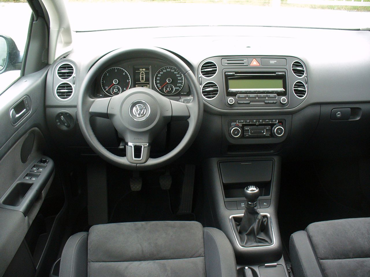 file vw golf plus 2 0 tdi highline interieur jpg. Black Bedroom Furniture Sets. Home Design Ideas