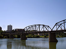 Victoria Bridge in Nutana, Saskatoon.jpg