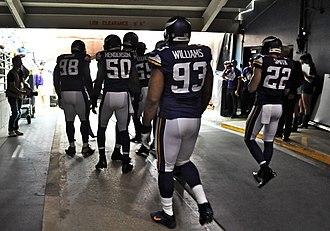 2013 Minnesota Vikings season - Image: Vikings in the Dome tunnel
