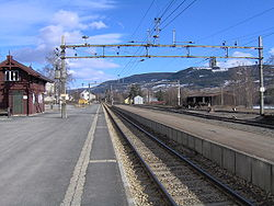 Vinstra train station
