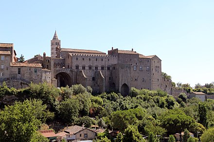 The Palace of the Popes - In the background the bell-tower of the cathedral Viterbo, palazzo e loggia dei papi, 05.jpg