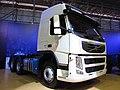 Volvo FM 370 Globetrotter 2014 (14067875469).jpg