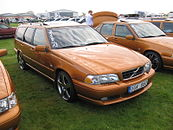 Front view of a saffron coloured V70 R