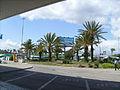 Vorplatz Flughafen Faro.jpg