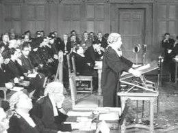 Bestand:Vredespaleis bestaat 50 jaar Weeknummer 63-36 - Open Beelden - 31526.ogv