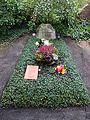 Waldfriedhof Zehlendorf Rut Brandt.jpg