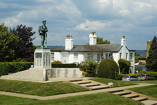 War Memorial, Sevenoaks, Kent - geograph.org.uk - 1866781