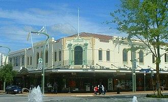 Heretaunga Street - Image: Westermans building