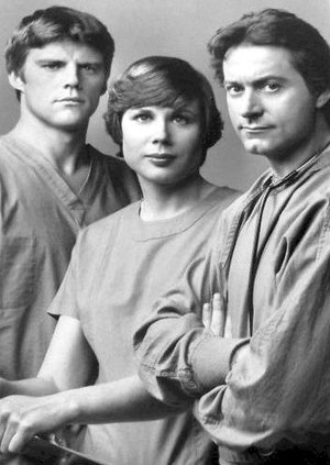 James Sloyan - Sloyan (on right) with Ernest Thompson and Linda Carlson on Westside Medical, 1977.