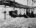 Williamsburg Bridge - making center section - 1903 newspaper.jpg