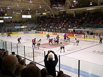 Windsor Arena - The Barn on November 3, 2008.  Windsor Spitfires and Oshawa Generals face-off to open third period.