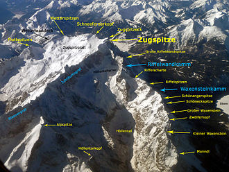 Zugspitze - Annotated aerial photograph of the Zugspitze massif