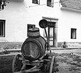 """""""Bačn"""" za vodo+ lij+ lesen korec za zajemanje vode, Viševek 1962 (2) (cropped).jpg"""