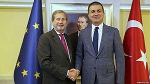 Johannes Hahn - With Turkey's EU Minister Ömer Çelik, July 2017