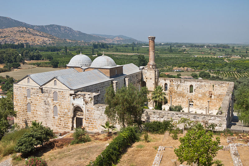 File:İsa Bey Camii.jpg - Wikimedia Commons