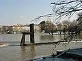 Židle na Vltavě 2.jpg