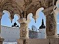 Вид с крыльца Успенского собора на Ростовский кремль.jpg