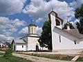 Каменское. Церковь Николая Чудотворца с колокольней.jpg