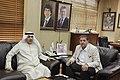 عزيز الديحاني السفير الكويتي في الأردن مع رئيس تحرير الدستور مصطفى الريالات 02.jpg