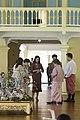 นางพิมพ์เพ็ญ เวชชาชีวะ ภริยา นายกรัฐมนตรี นำคู่สมรสผู้ - Flickr - Abhisit Vejjajiva (73).jpg